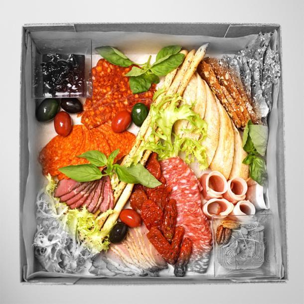 Сет мясных деликатесов