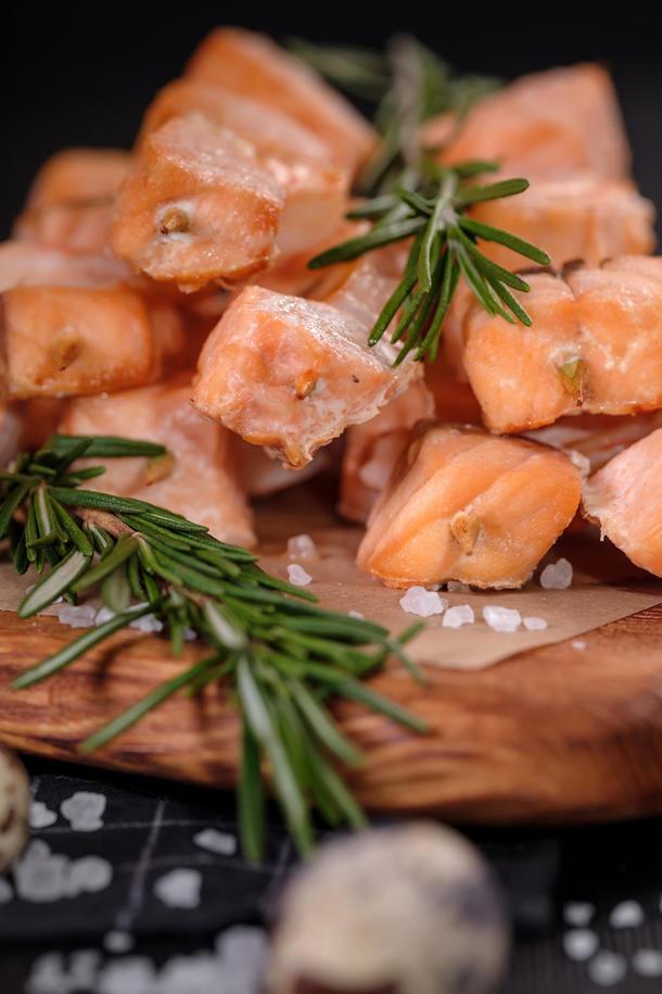 Рыбный шашлычок с помидоркой черри