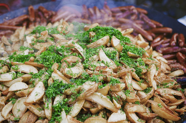 Картофель стоун обжареный с розмарином и чесноком