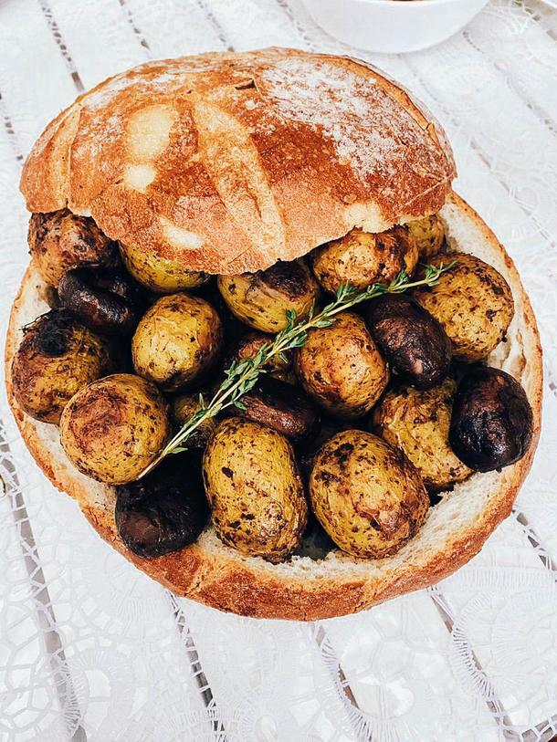 Молодой картофель запечённый